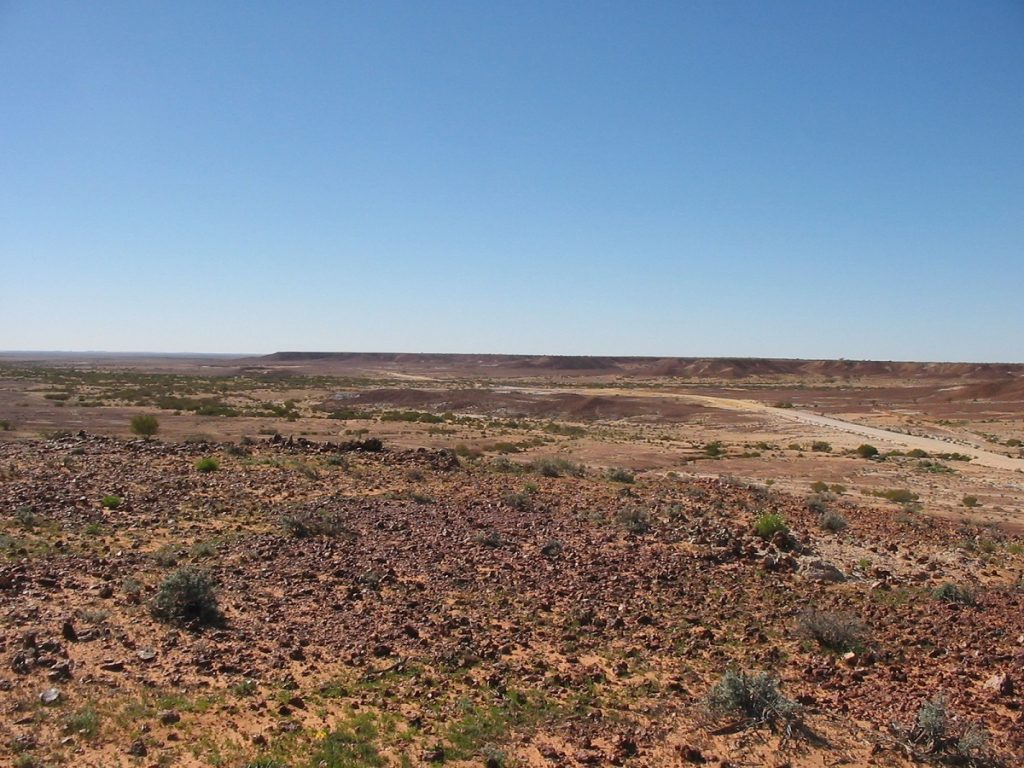 Birdsville Track through Mungerannie Gap