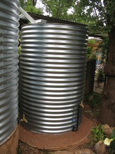 2500 litre overflow tank